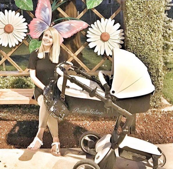 Фото коляски Mima Xari Snow White 2 в 1